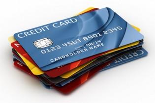 Хто несе відповідальність за крадіжку грошей з банківської карти